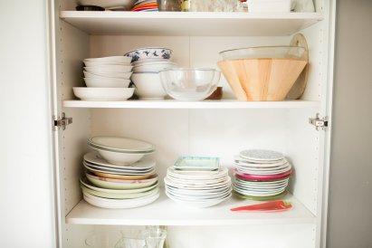 072816_wafa-cups-dishes_060