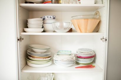 072816_wafa-cups-dishes_060