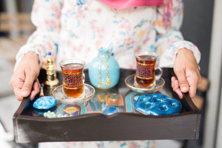 072816_wafa-cups-dishes_092