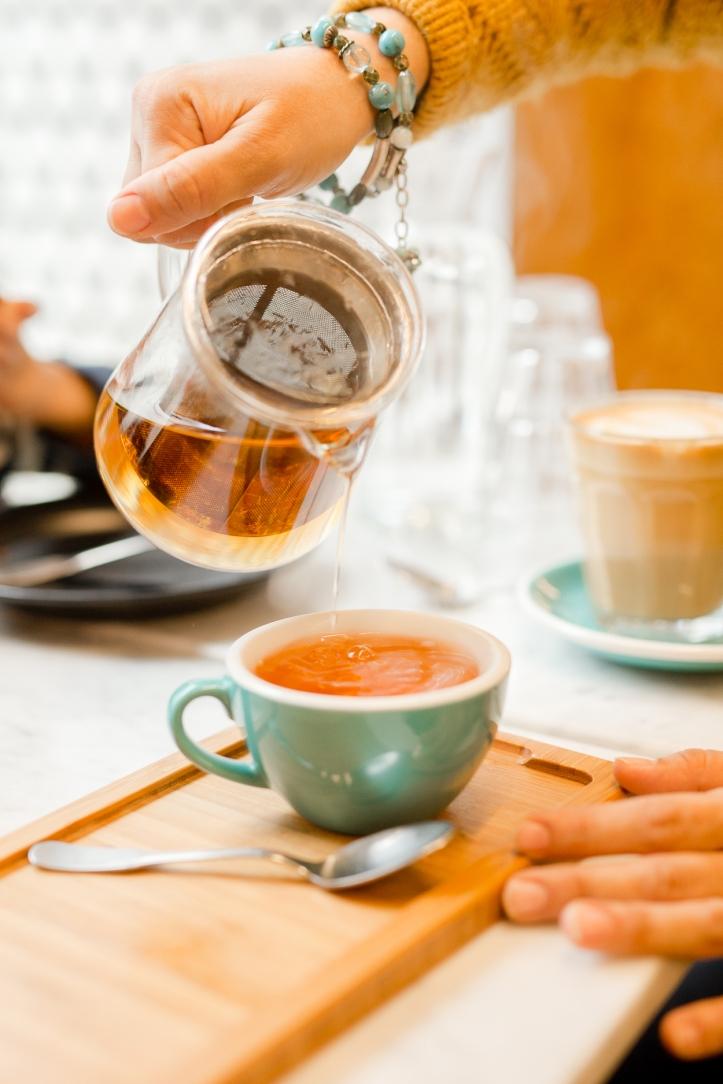 best-cafe-around-eiffel-tower-o-coffeeshop_010
